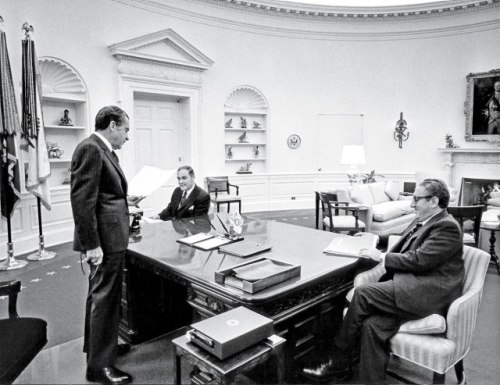 OVAL TEAM President Richard Nixon with National-Security Adviser Henry Kissinger (right) and Kissinger's deputy, Alexander M. Haig Jr., 1972.